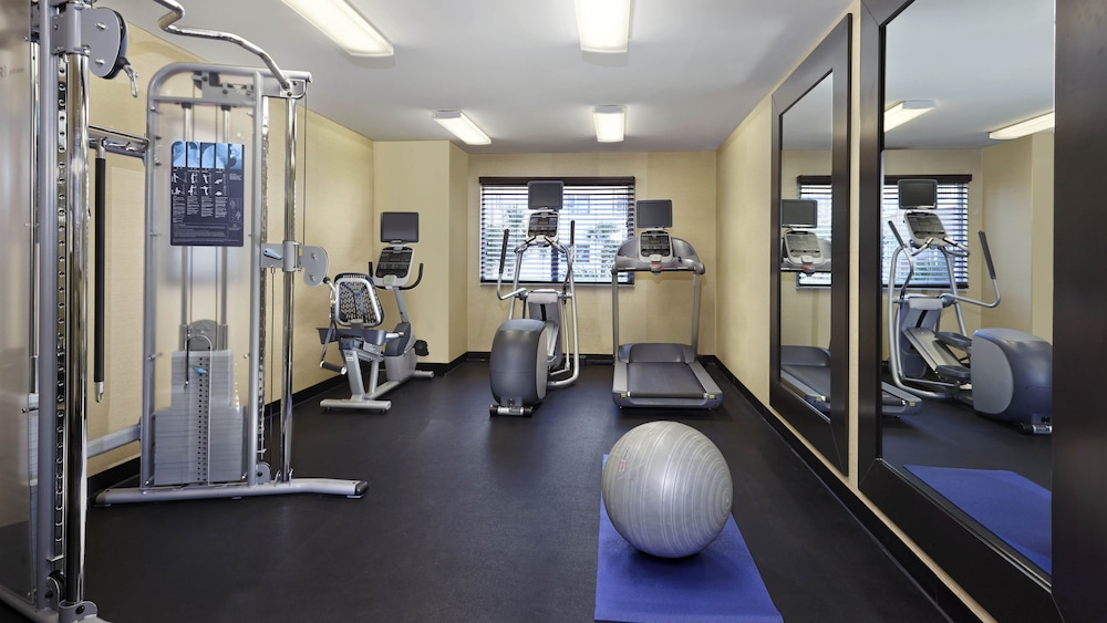 Fitness Facility, Holiday Inn Express Hotel & Suites Naples Downtown - 5th Ave, an IHG Hotel