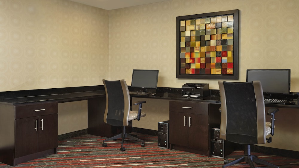 Business Center, Holiday Inn Express Hotel & Suites Naples Downtown - 5th Ave, an IHG Hotel