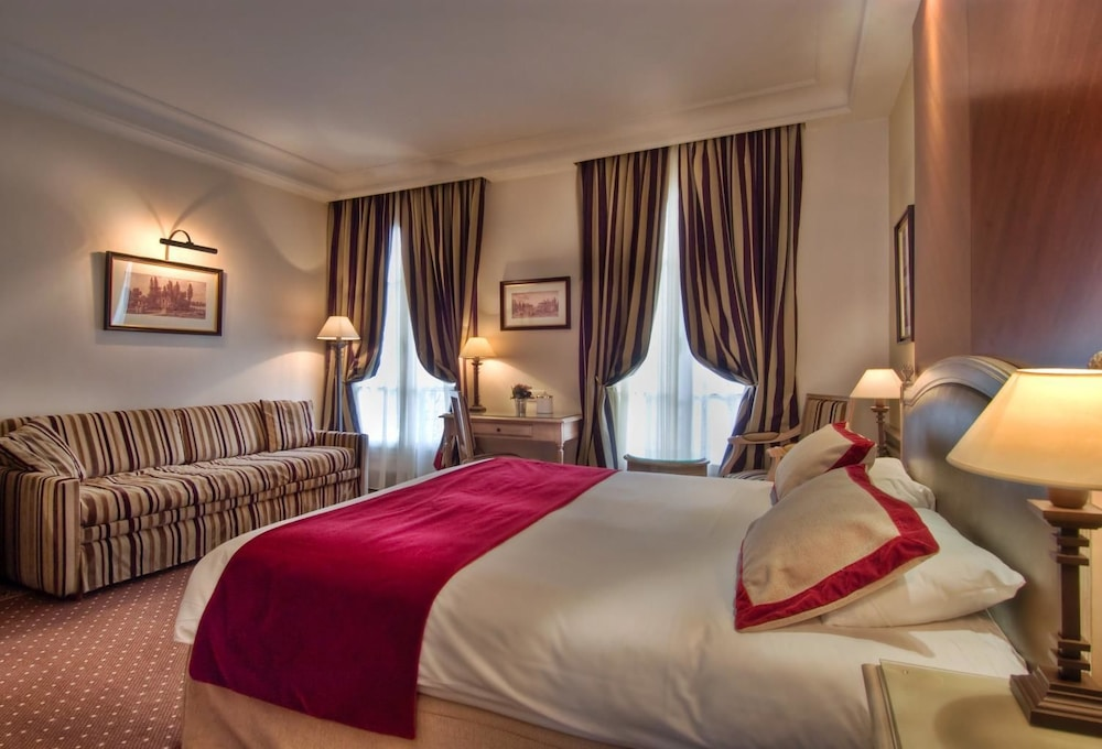 Best western premier trocadero la tour in paris hotel for Hotel best western paris
