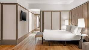 Minibar, escritorio, cortinas opacas y sistema de insonorización