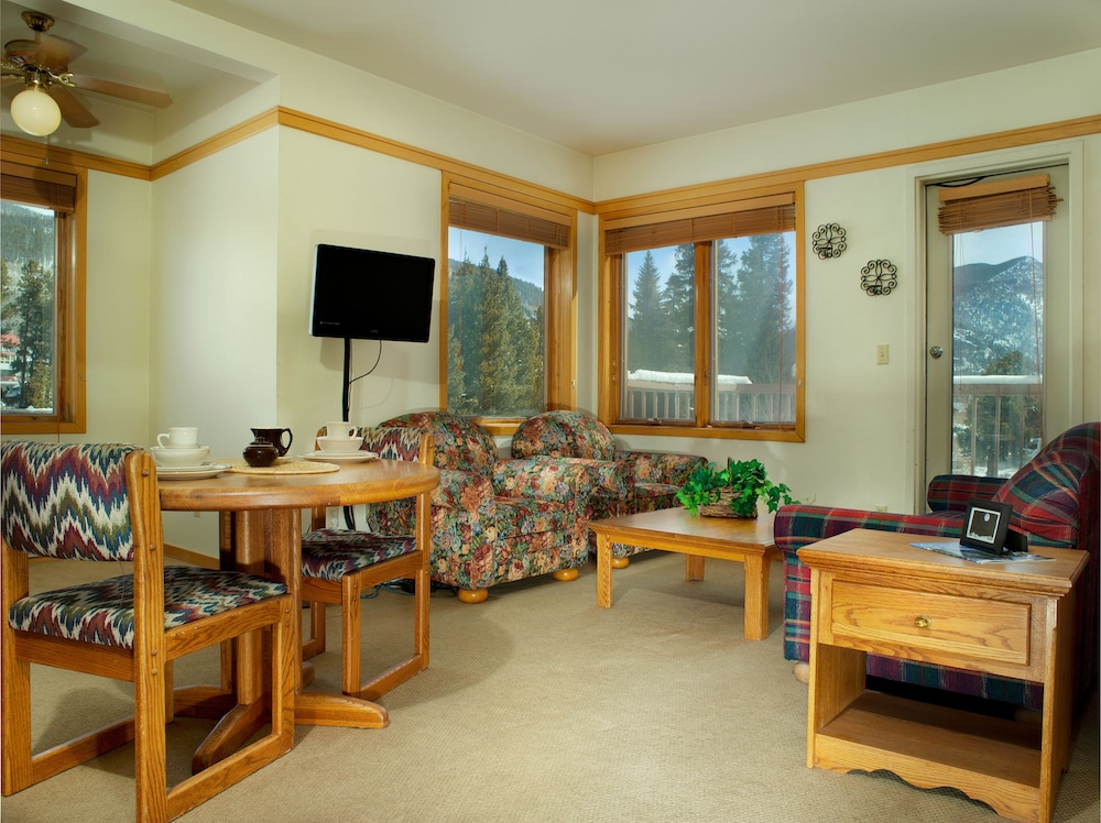 Living Area, Mountain House Neighborhood by Keystone Resort
