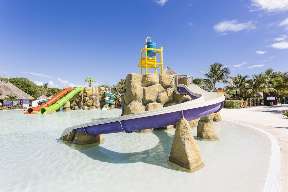 Children's Play Area - Outdoor, Grand Palladium Kantenah Resort & Spa All Inclusive