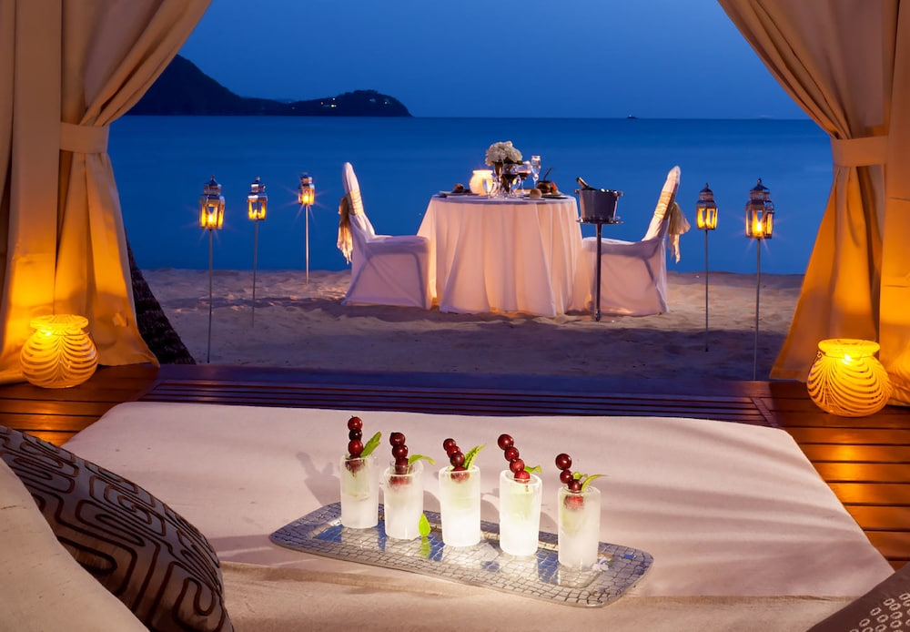 Couples Dining, Sandals Grande St. Lucian - ALL INCLUSIVE Couples Only