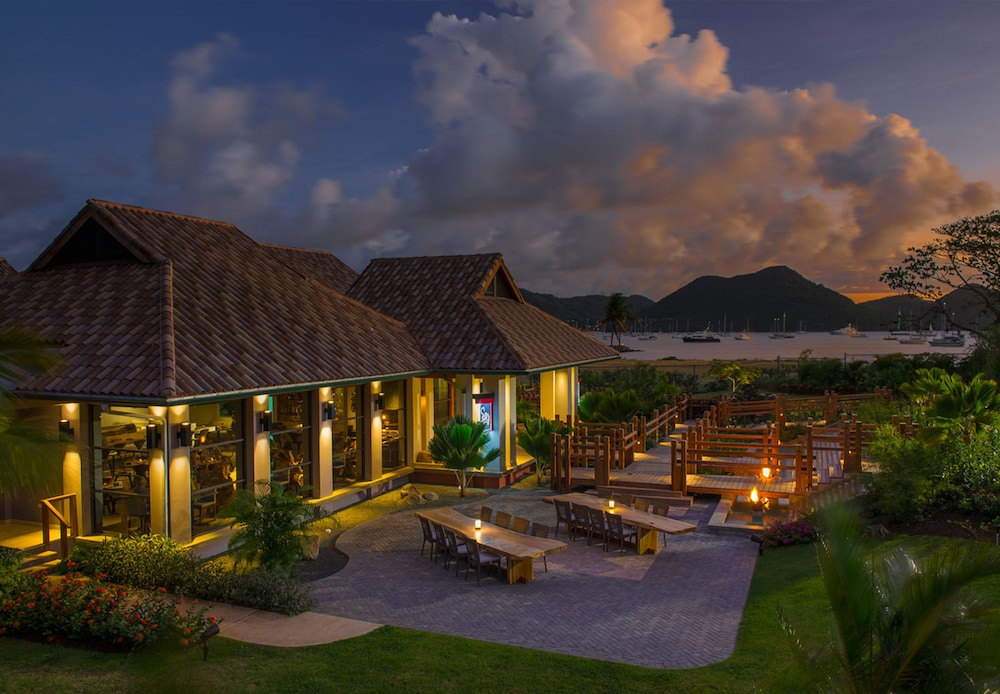 Building design, Sandals Grande St. Lucian - ALL INCLUSIVE Couples Only