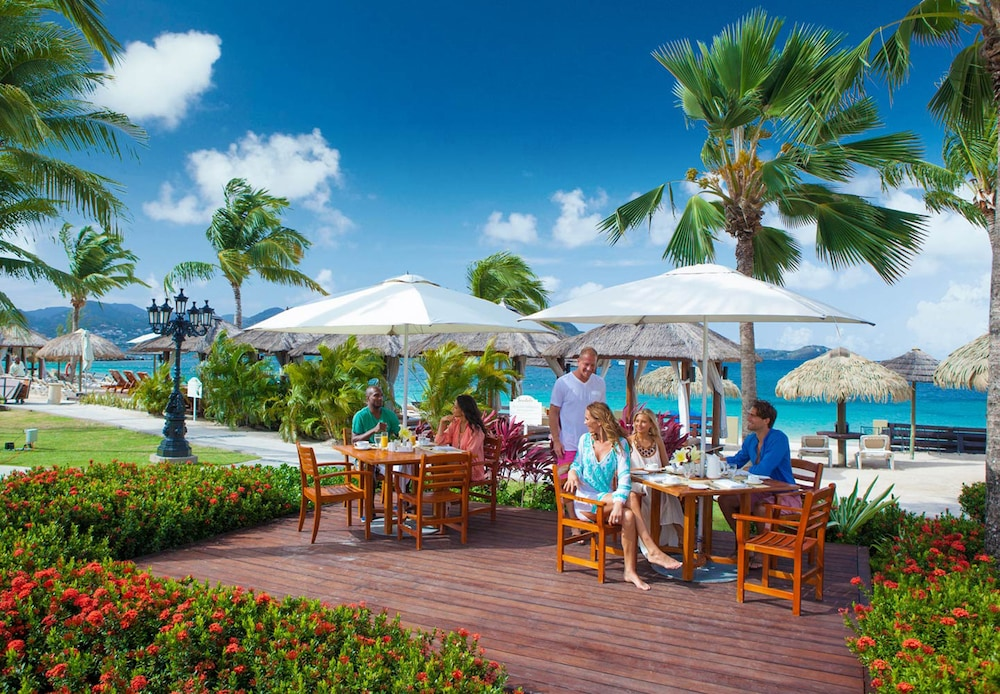Restaurant, Sandals Grande St. Lucian - ALL INCLUSIVE Couples Only
