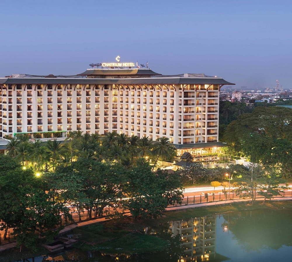 Featured Image, Chatrium Hotel Royal Lake Yangon