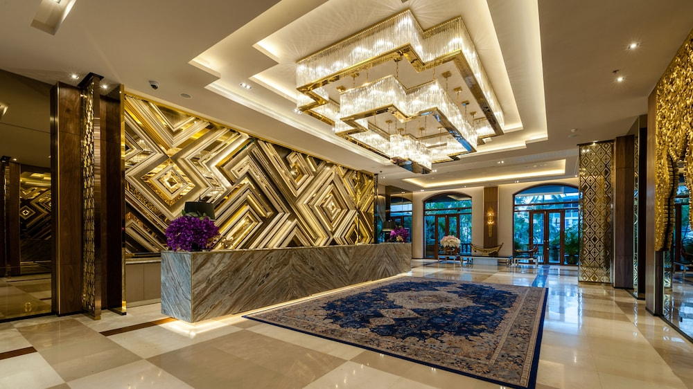 Lobby, Chatrium Hotel Royal Lake Yangon