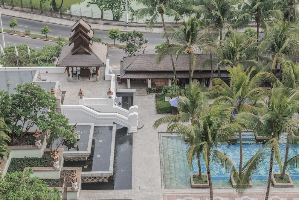Aerial View, Chatrium Hotel Royal Lake Yangon