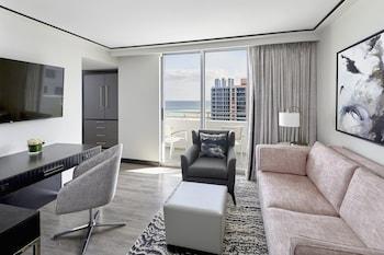 1601 Collins Avenue, Miami Beach, 33141, United States.