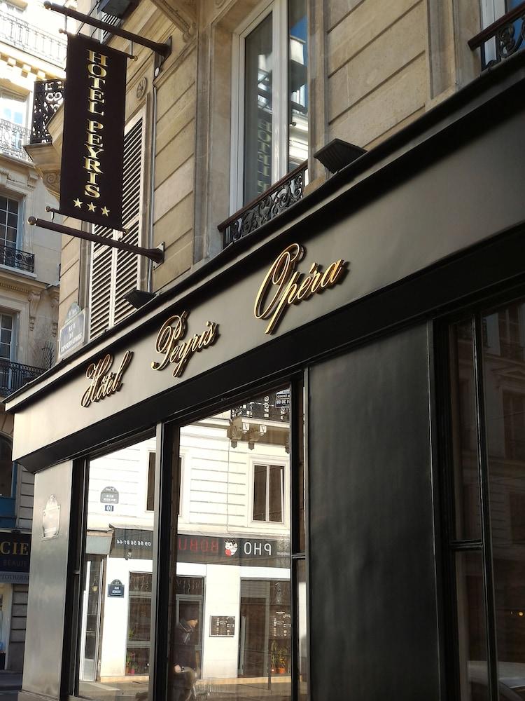Book hotel peyris opera paris hotel deals for Deal hotel paris