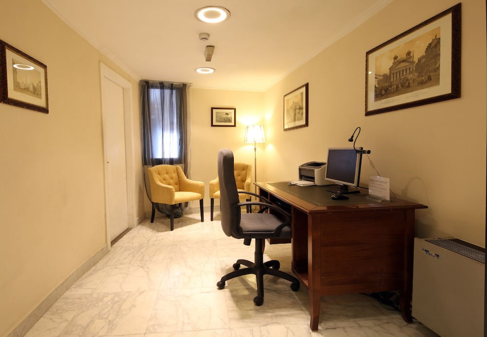 Business Center, Traiano Hotel
