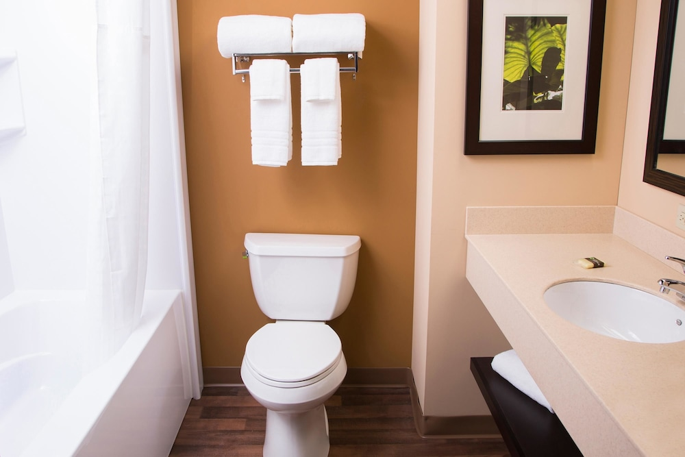 Bathroom, Extended Stay America - Chicago - Naperville - East