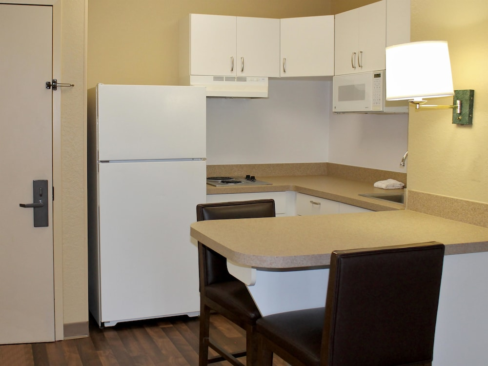 Private Kitchen, Extended Stay America - Chicago - Naperville - East