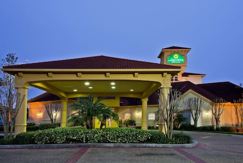 La Quinta Inn & Suites by Wyndham USF
