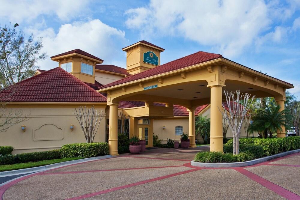 La Quinta Inn Suites USF Near Busch Gardens Tampa USA Expedia