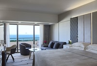 Family Room, Sea View
