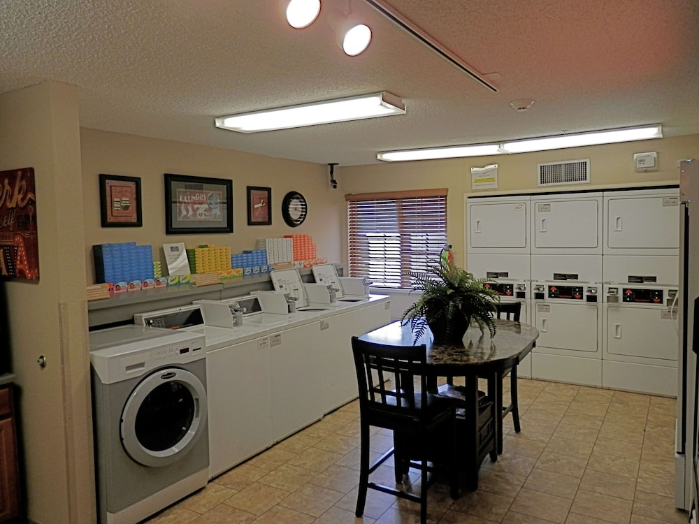 Laundry Room, Sonesta Simply Suites Houston – NASA Clear Lake
