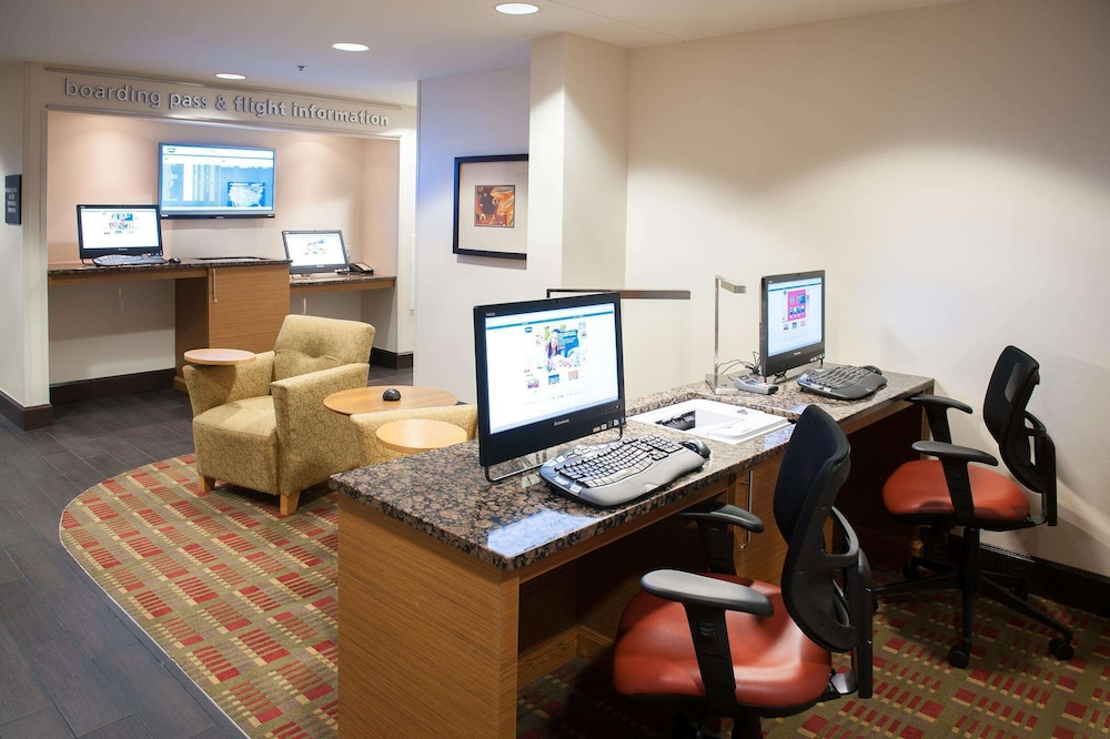 Business Center, Hampton Inn Pensacola Airport