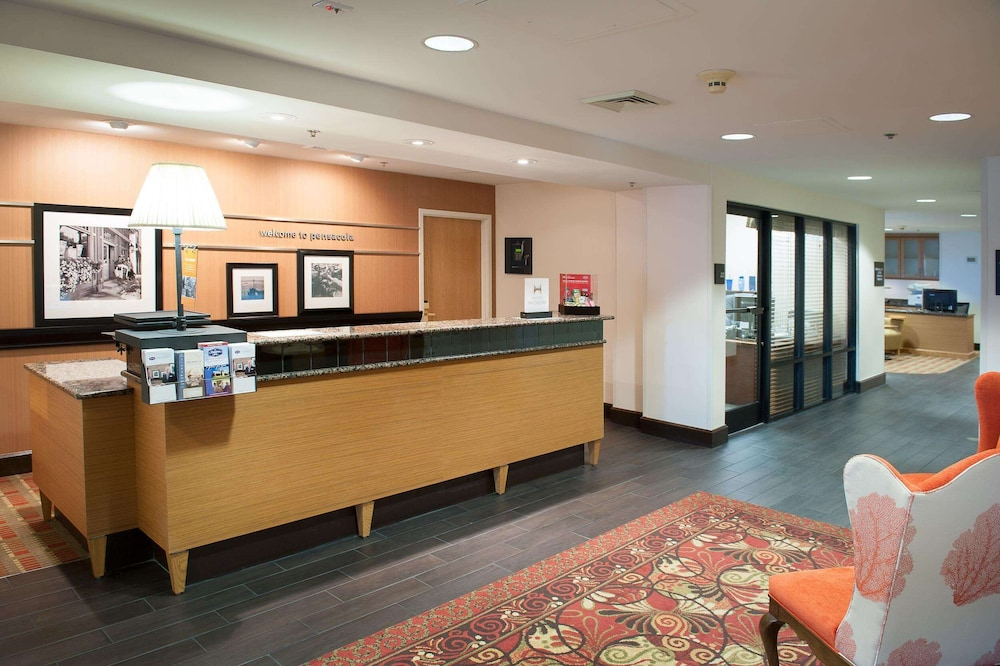 Reception, Hampton Inn Pensacola Airport
