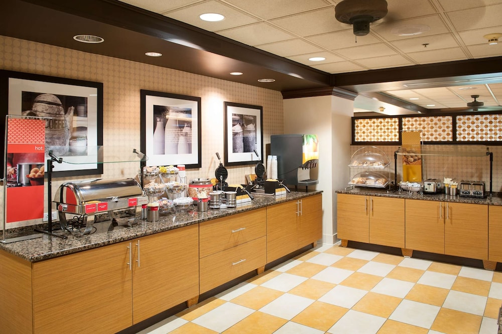 Restaurant, Hampton Inn Pensacola Airport