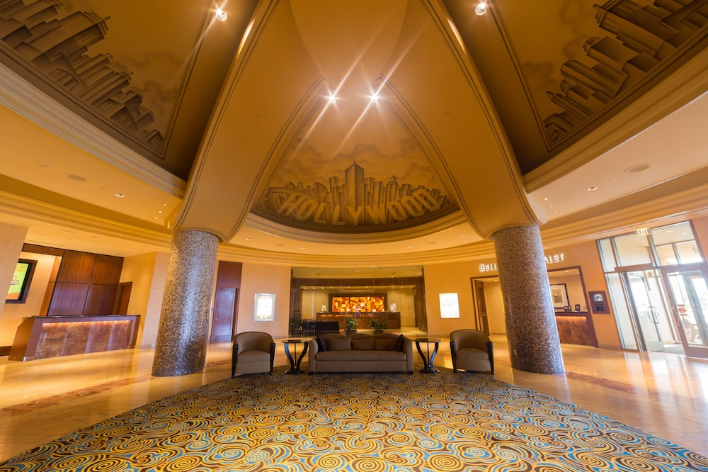 Lobby, Hollywood Casino & Hotel St. Louis