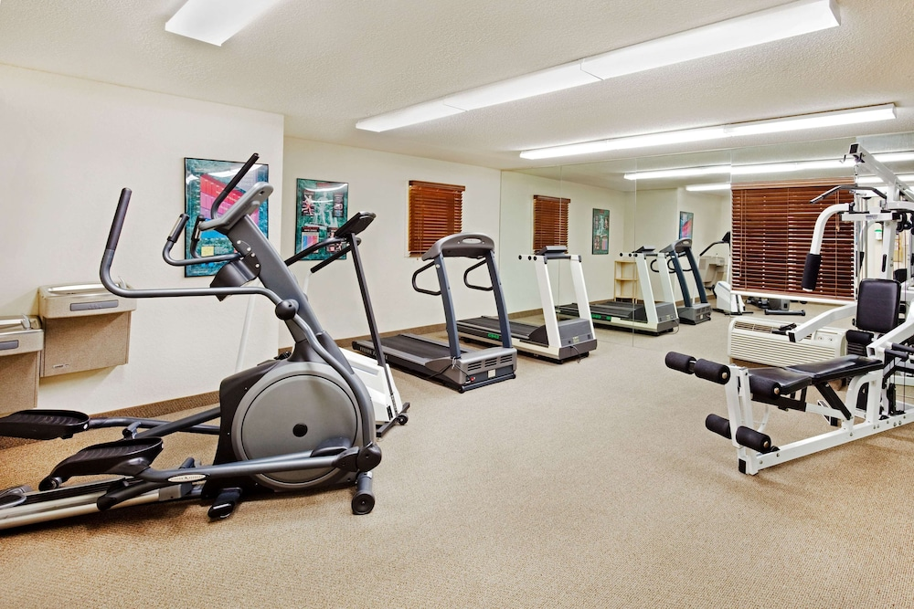 Fitness Facility, Sonesta Simply Suites Knoxville