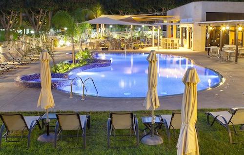 Odysseia Hotel