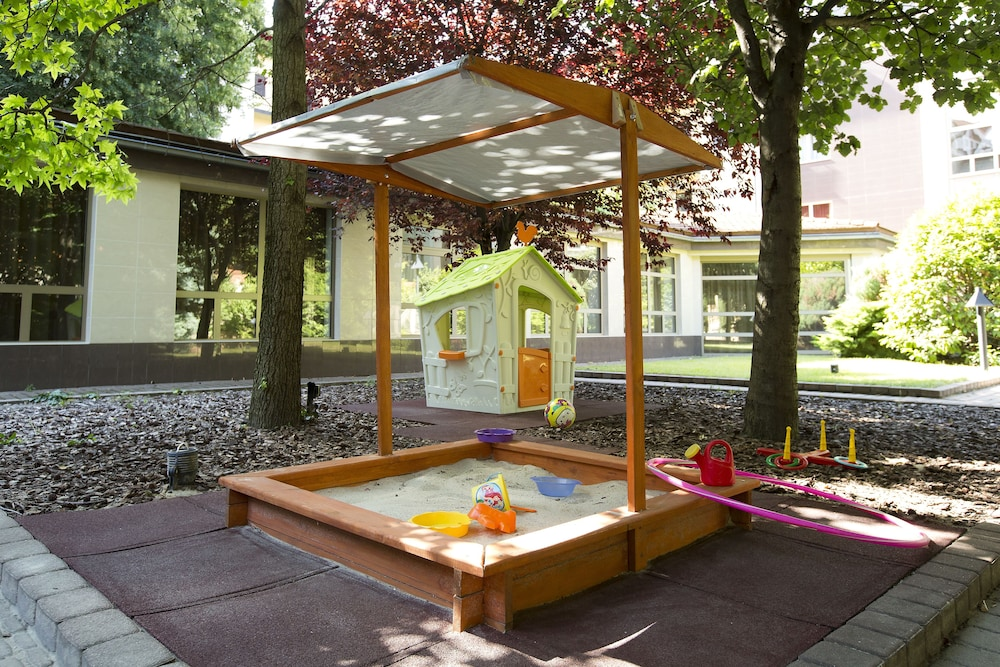 Children's Play Area - Outdoor, Adina Apartment Hotel Budapest