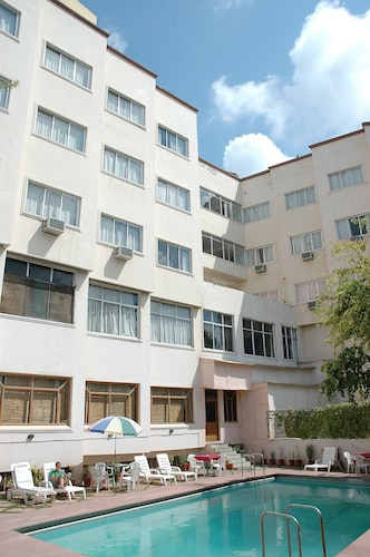 비쉬누프리야 호텔