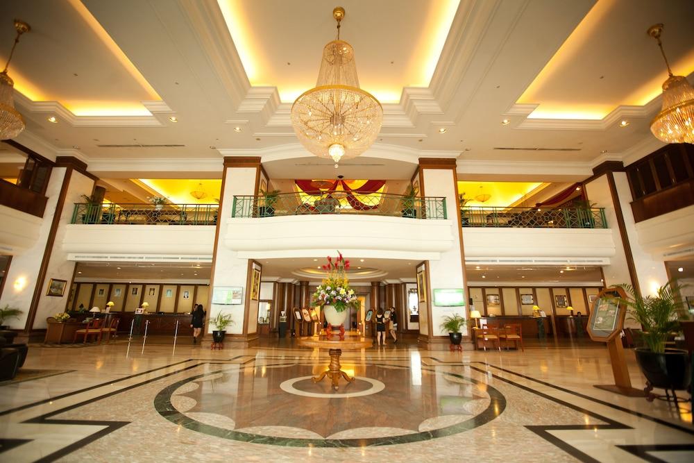 Hotel Evergreen Paris