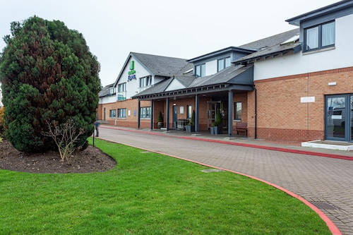 Holiday Inn Express Edinburgh Airport
