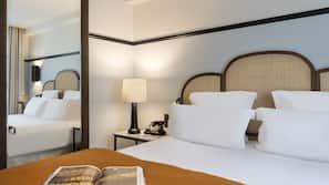 埃及棉床單、高級寢具、特厚豪華床墊、迷你吧