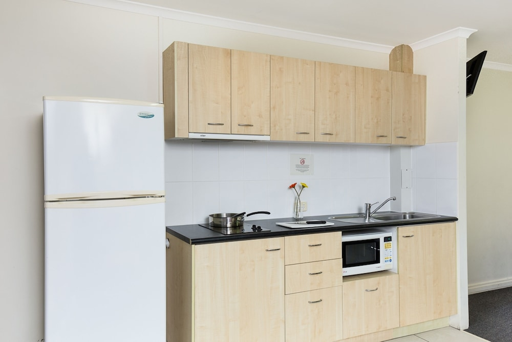 Private Kitchen, The Wellington Apartment Hotel