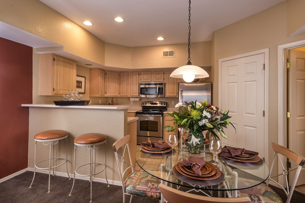 Private Kitchen, Westgate Painted Mountain Golf Resort