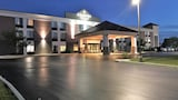 Country Inn & Suites By Carlson, Mt. Pleasant-Racine West WI - Sturtevant Hotels