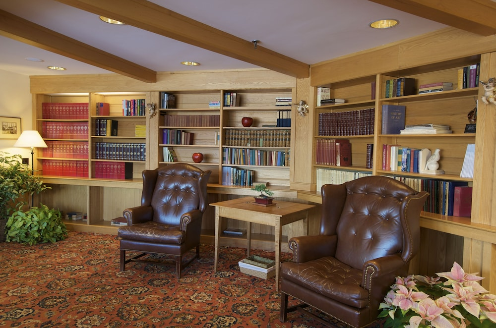 Library, Trapp Family Lodge