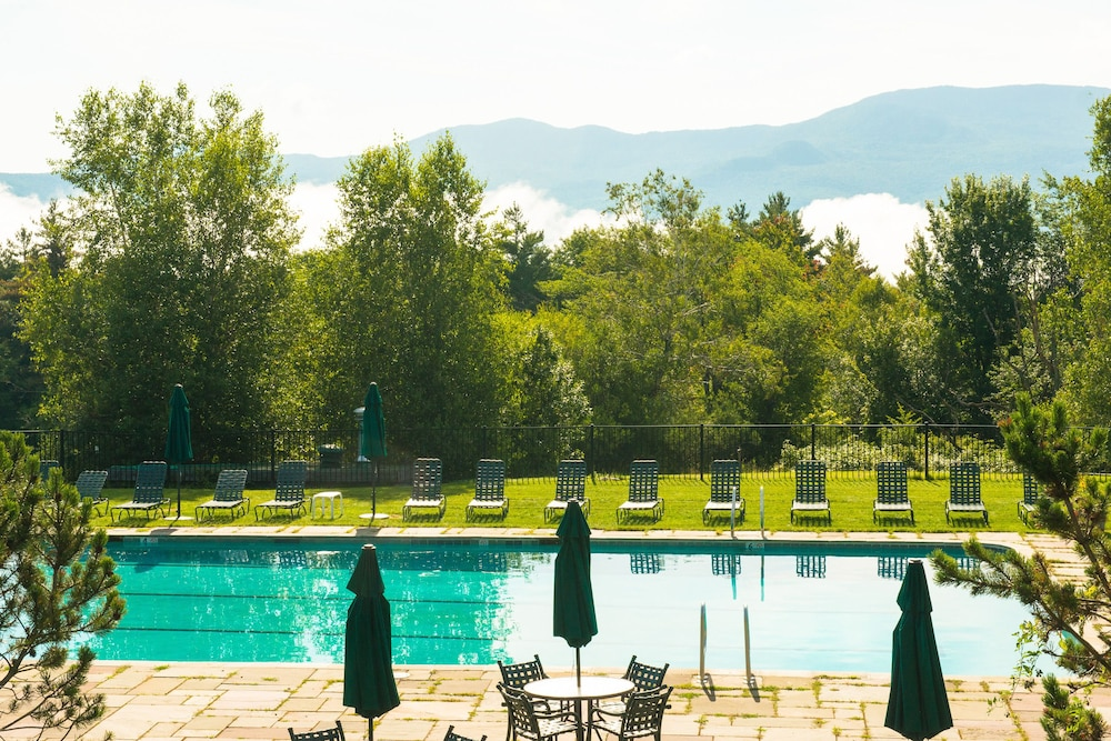 Outdoor Pool, Trapp Family Lodge