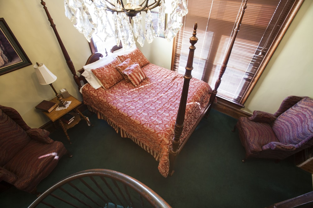 Room, Hines Mansion