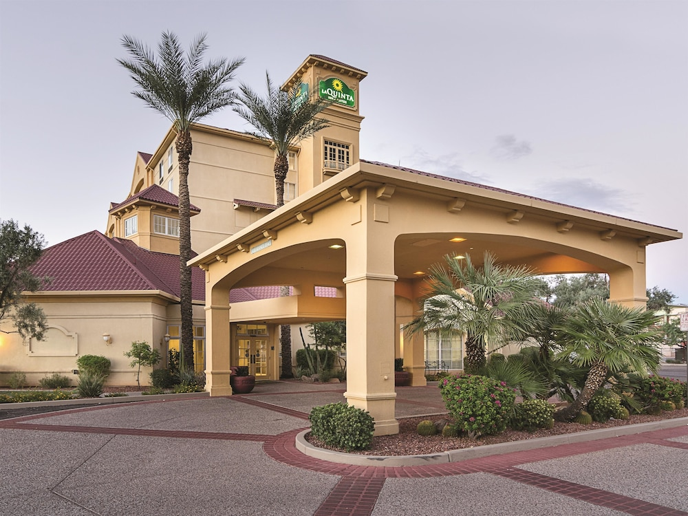 La Quinta Inn Amp Suites Phoenix Mesa West Deals Amp Reviews