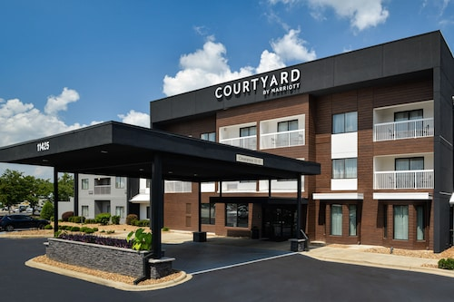 Courtyard by Marriott Charlotte/Matthews