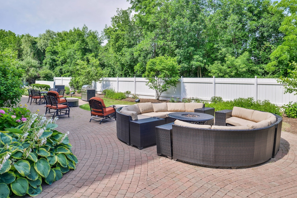Fairfield Inn  U0026 Suites By Marriott Rochester West  Greece