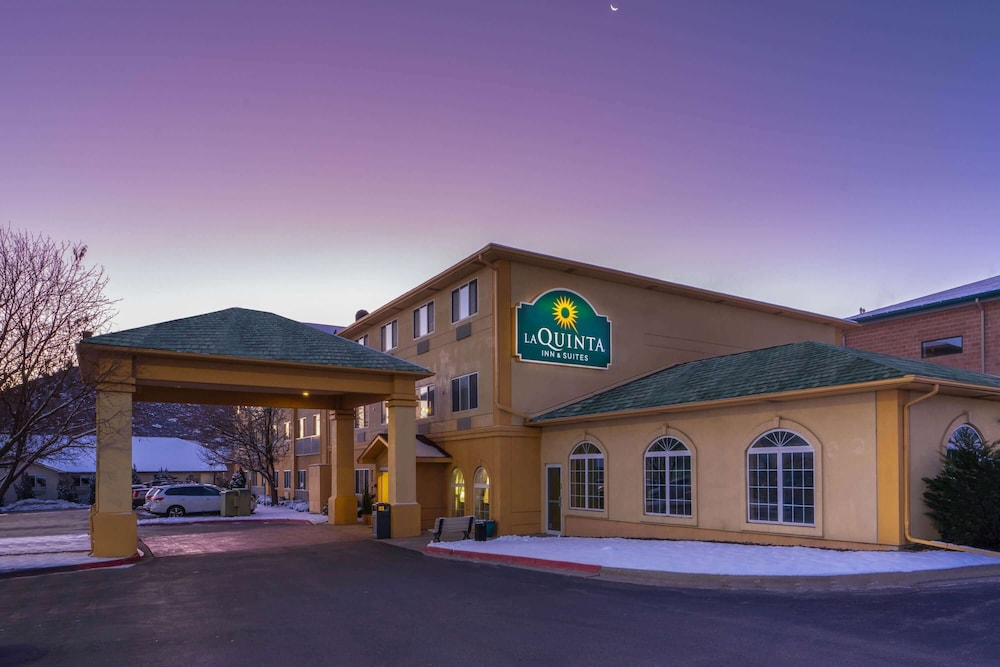 Exterior, La Quinta Inn & Suites by Wyndham Castle Rock