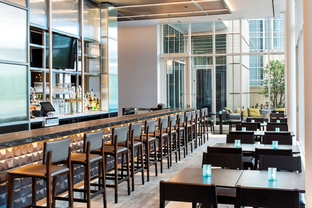 Bar, Hyatt Regency McCormick Place