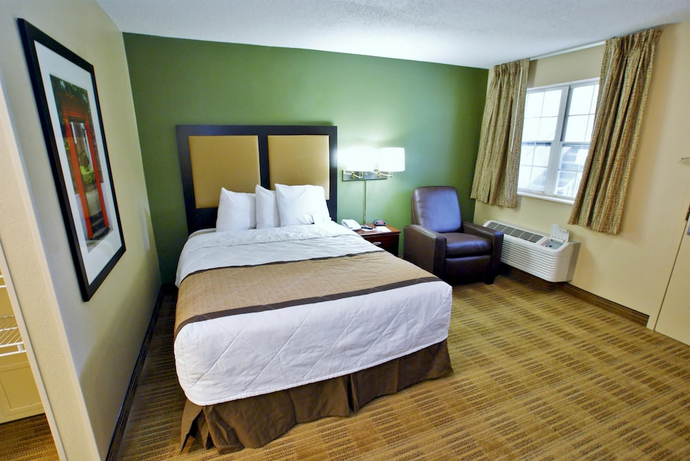 Room, Extended Stay America - Richmond - W Broad St-Glenside-South