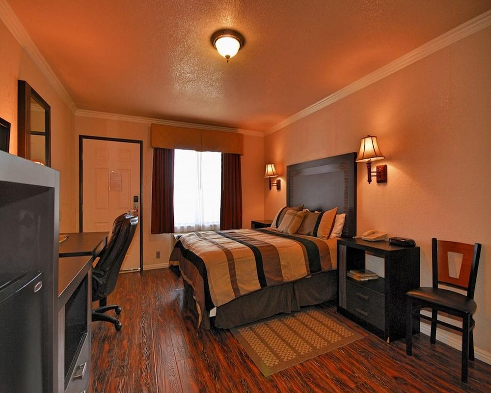 santa clarita motel 2019 room prices 84 deals reviews. Black Bedroom Furniture Sets. Home Design Ideas