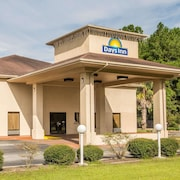 Days Inn by Wyndham Lake City I-10
