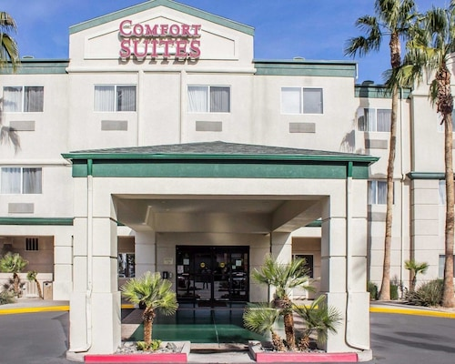 Great Place to stay Comfort Suites Phoenix North near Phoenix