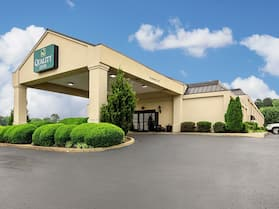 Quality Inn Holly Springs South