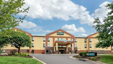 Quality Inn & Suites Lenexa Kansas City