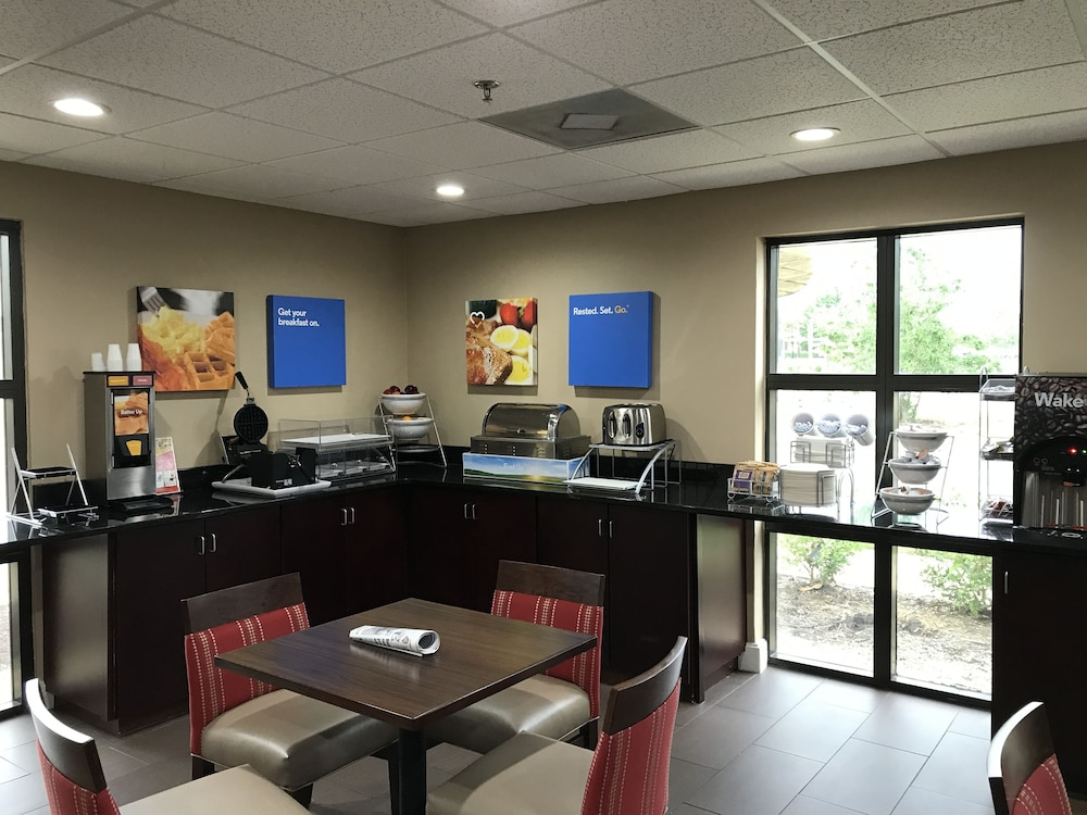 Breakfast Area, Comfort Inn Horn Lake - Southaven